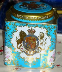 Boite the Buckingham Palace.jpg