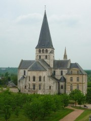 P1070964 Abbaye St Georges.jpg